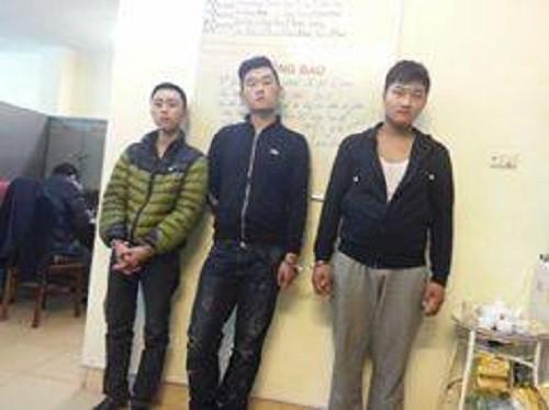 Bắt giữ 3 đối tượng cướp taxi tại Hà Nội