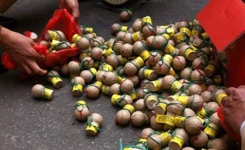 Bắt giữ 22kg pháo Trung Quốc nhập lậu