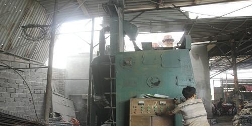 """Ô nhiễm khói bụi """"bủa vây"""" làng nghề Mỹ Đồng"""