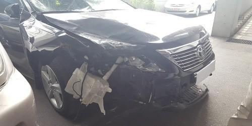 """Toyota Camry 2.5Q """"móp đầu túi khí không bung"""", Cục đăng kiểm nói gì ?"""