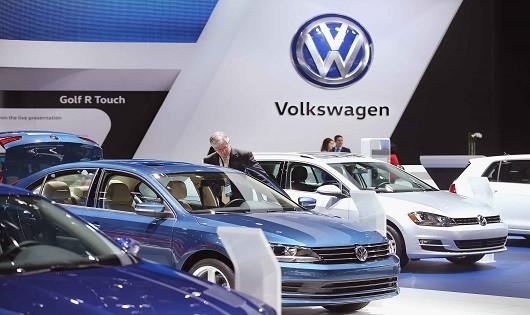 Hãng Volkswagen bị phạt, cấm bán 80 dòng xe tại Hàn Quốc