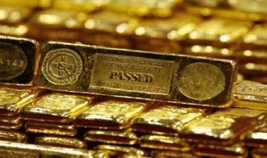 Vàng vẫn lao dốc, tiềm ẩn rủi ro khi giao dịch