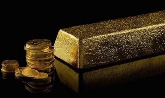Vàng thế giới chạm đáy, nhà đầu tư kiên nhẫn chờ cơ hội