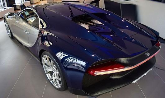 Siêu xe Bugatti Chiron đầu tiên gặp nạn tại Đức