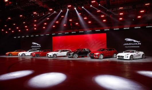 Jaguar Land Rover lần đầu tiên thử nghiệm tính năng tự lái trên xe