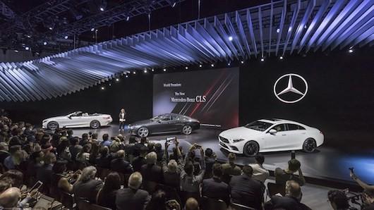 """Trong số đó, phiên bản có giá """"dễ chịu nhất"""" là chiếc CLS 350d 4Matic AMG Line"""