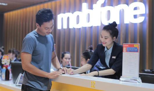 Vì sao các thuê bao MobiFone mất liên lạc cả tiếng đồng hồ?
