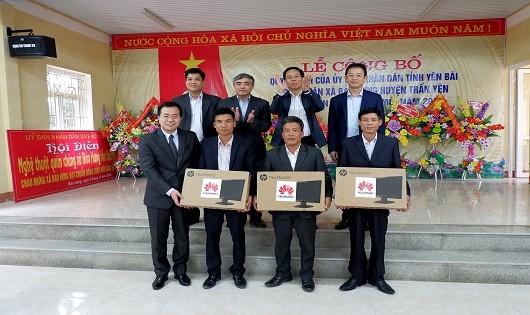 Huawei tặng  máy tính cho các xã huyện Trấn Yên - Yên Bái