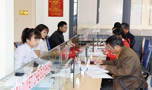 Giải quyết chế độ, chính sách về BHXH, BHYT tại bộ phận một cửa BHXH Thành phố Sơn La