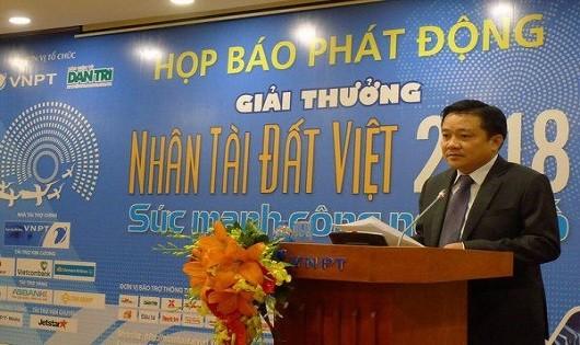 Ông Huỳnh Quang Liêm - Phó Tổng giám đốc VNPT phát biểu trong lễ phát động Giải thưởng Nhân tài Đất Việt năm 2018