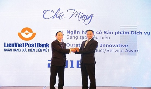 """LienVietPostBank nhận """"cú đúp"""" tại  """"Giải thưởng Ngân hàng Việt Nam tiêu biểu 2018"""""""