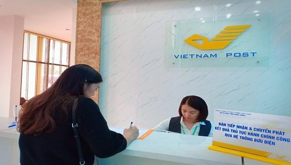 Người dân Bắc Ninh có thể thực hiện dịch vụ hành chính công tại Bưu điện.