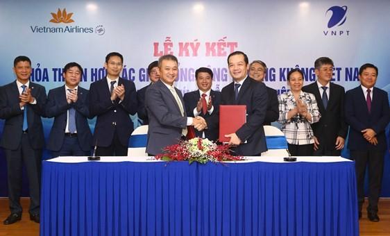 """VNPT và Vietnam Airlines """"bắt tay"""" ứng dụng công nghệ tăng ưu thế cạnh tranh"""