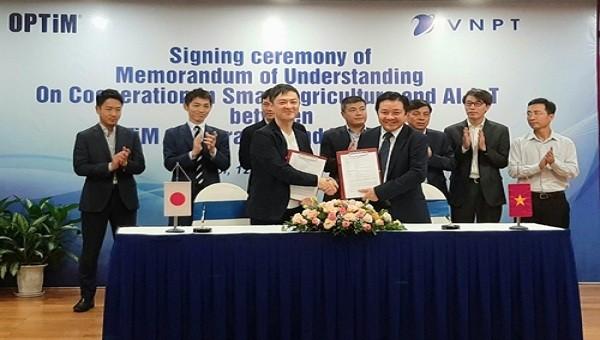 VNPT và OPTiM Nhật Bản sẽ hợp tác cùng ứng dụng các công nghệ 4.0 để có các sản phẩm nông sản sạch, với chi phí sản xuất hợp lý, tốn ít nhân công, mang lại lợi ích thiết thực cho hàng triệu nông dân Việt Nam.