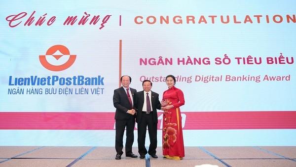 LienVietPostBank nhận Giải thưởng Ngân hàng số tiêu biểu 2019