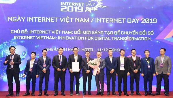 Câu lạc bộ Điện toán đám mây và Trung tâm dữ liệu Việt Nam (VNCDC) sẽ thúc đẩy thị trường dịch vụ điện toán đám mây và trung tâm dữ liệu ở Việt Nam, tăng cường sự liên kết nguồn lực giữa các doanh nghiệp Việt trong một thị trường non trẻ.