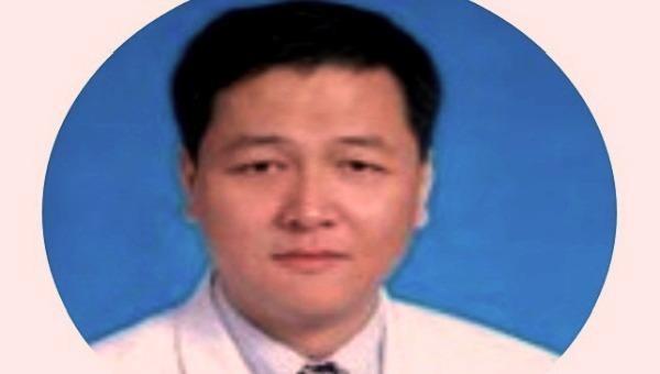 Bác sĩ đạt giải quốc gia của Trung Quốc qua đời vì Covid-19