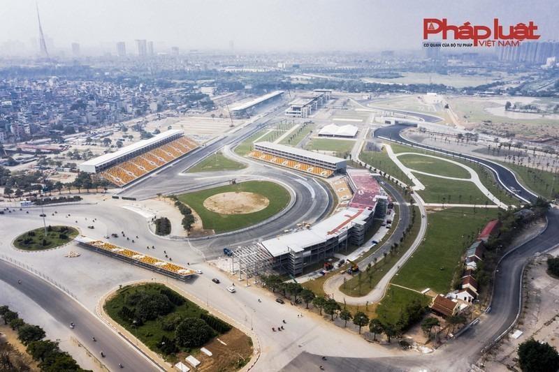Toàn cảnh đường đua F1 tại Hà Nội trước khi hoàn thành. Ảnh: Minh Nguyễn.