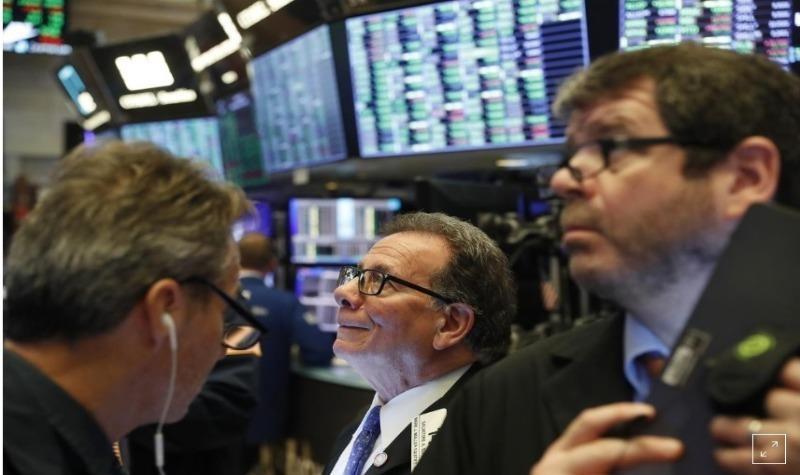 Sàn giao dịch chứng khoán New York (NYSE). Ảnh: REUTERS.
