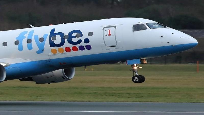 """Vì COVID-19, hãng hàng không nào đã phải """"bỏ cuộc chơi""""?"""