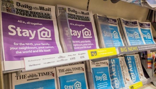 Báo chí đã đóng một vai trò quan trọng trong việc giữ cung cấp thông tin  trong dịch bệnh Covid-19.  Ảnh: Guy Bell/Rex/Shutterstock