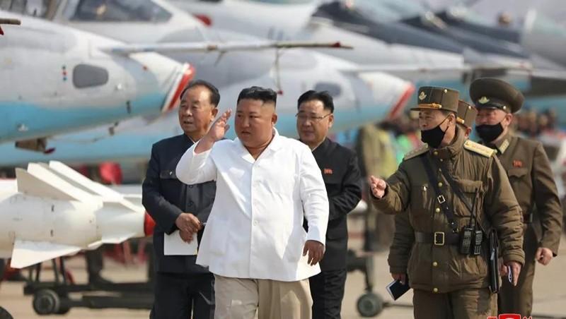 Truyền thông Triều Tiên đưa tin mới nhất về hoạt động của Nhà lãnh đạo Kim Jong-un giữa tin đồn sức khỏe