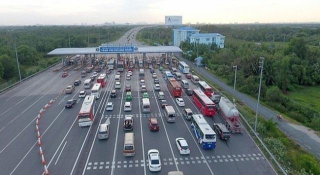 Đề xuất tăng phí BOT: Doanh nghiệp vận tải và nhà đầu tư nói gì?