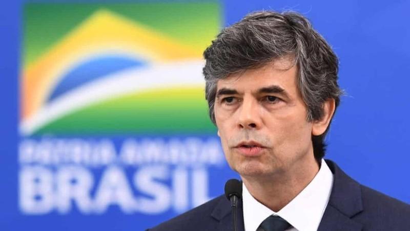 Tân Bộ trưởng Y tế từ chức, trong một tháng Brazil mất 2 Bộ trưởng Y tế