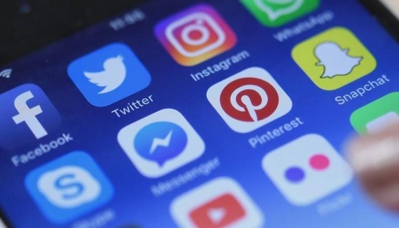 Mạng xã hội dưới 10.000 người sử dụng không phải xin phép, nhưng có phép mới được livestream