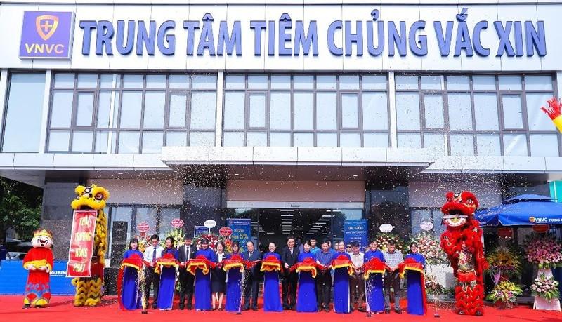 Người dân Ninh Bình trải nghiệm dịch vụ tiêm chủng cao cấp ngay tại tỉnh nhà