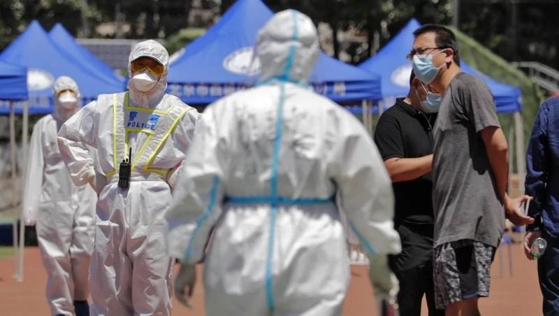 Virus corona bùng phát trở lại, chuyên gia cho rằng Bắc Kinh không phải là 'Vũ Hán thứ hai'