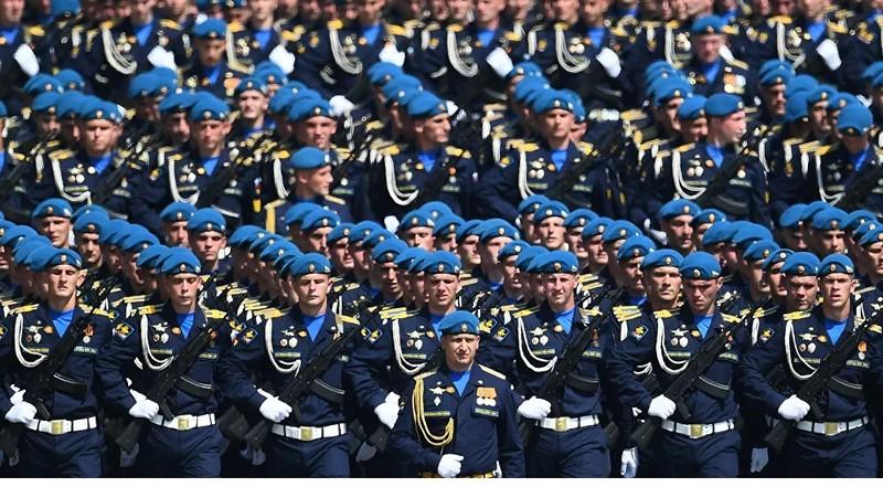 Hôm nay, duyệt binh Chiến thắng trên Quảng trường Đỏ ở Moscow (Nga)