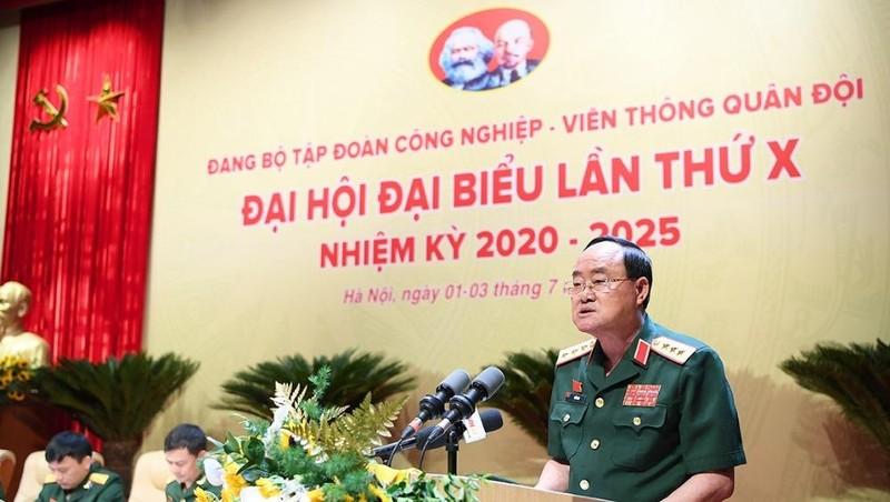 Thượng tướng Trần Đơn - Ủy viên BCH Trung ương Đảng, Ủy viên Thường vụ Quân ủy Trung ương, Thứ trưởng Bộ Quốc phòng - phát biểu chỉ đạo Đại hội.