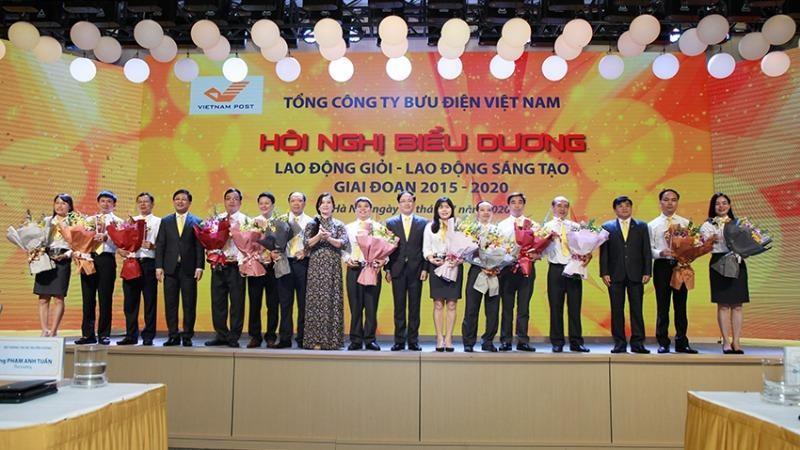 Nhiều cách làm sáng tạo xuất hiện trong phong trào thi đua của Vietnam Post