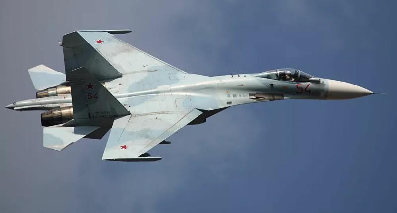 Tiêm kích cơ Su-27SM3. Ảnh : Vitaly V. Kuzmin