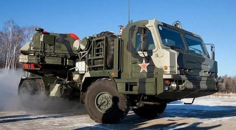 Ảnh: Tổ hợp tên lửa phòng không S-500 (ảnh: Bộ Quốc phòng Nga)
