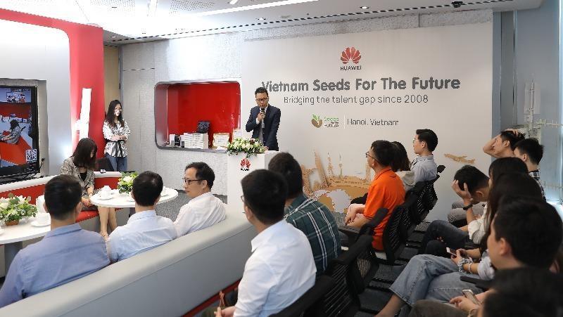 Bắt đầu Chương trình Đào tạo Hạt giống viễn thông tương lai năm 2020