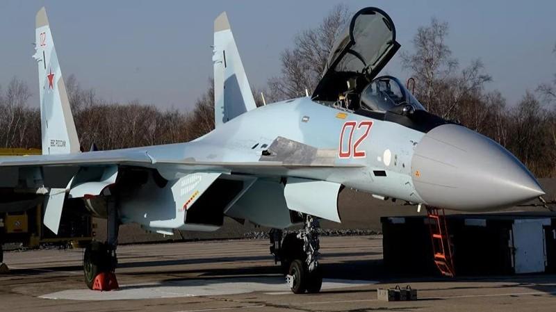 Bộ Quốc phòng Nga tiếp nhận 50 máy bay chiến đấu Su-35S