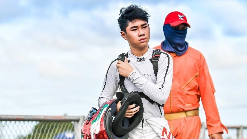 Tay đua F1 mini trẻ nhất Việt Nam nhận học bổng phổ thông Mỹ nhờ thành tích thể thao nổi trội