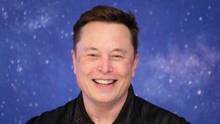 Elon Musk đã trở thành người giàu nhất thế giới.