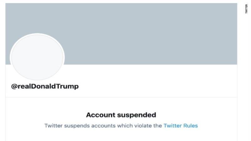 """Twitter của Tổng thống Trump """"bay màu"""" vĩnh viễn"""