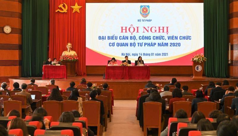 Toàn cảnh Hội nghị đại biểu cán bộ, công chức, viên chức cơ quan Bộ Tư pháp năm 2020.