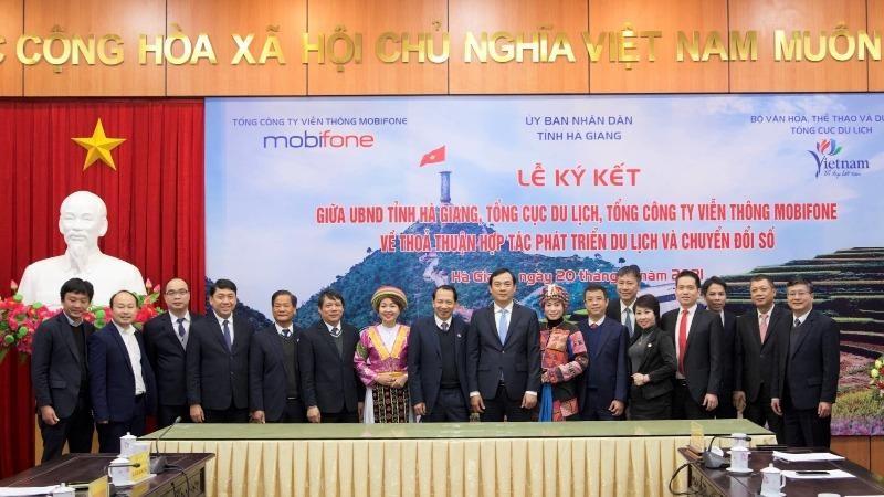 Phát triển du lịch Hà Giang bằng chuyển đổi số và du lịch thông minh