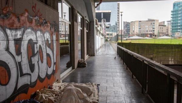 Ngỡ ngàng người đàn ông vô gia cư chết trong khó khăn để lại 100 nghìn euro và nhiều tài sản giá trị