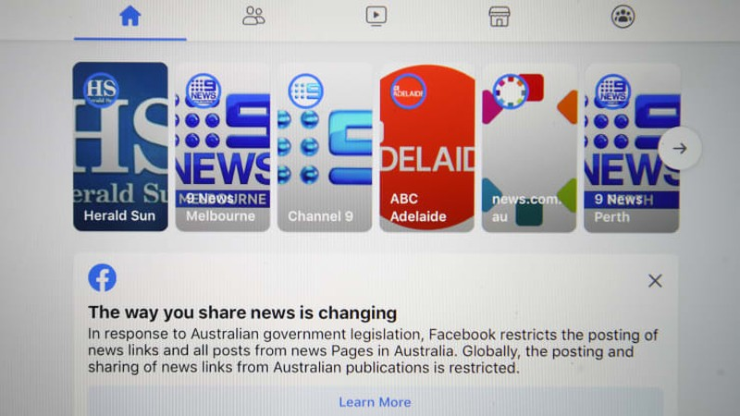 """Toàn cảnh Facebook """"unfriend"""" Úc"""
