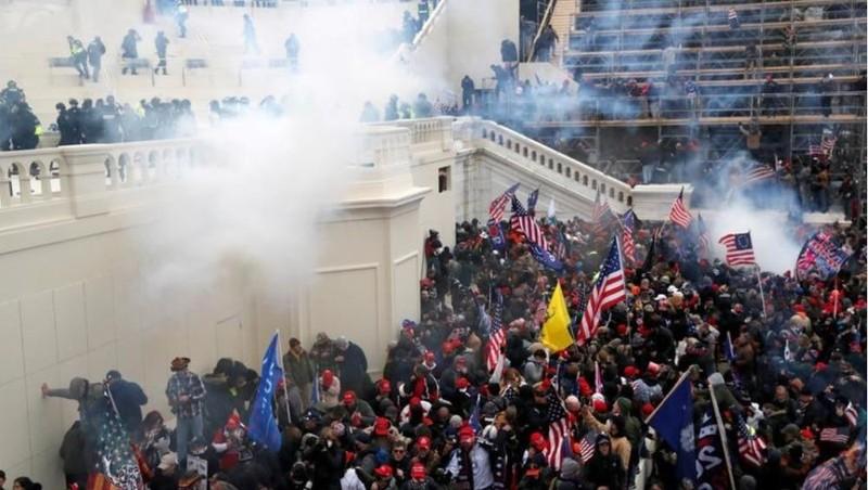 Các công ty lớn của Mỹ cắt giảm quyên góp chính trị sau vụ bạo loạn ở tòa nhà Quốc hội