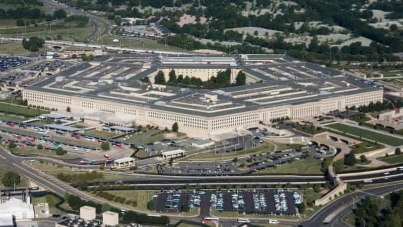 Mỹ bất ngờ tiến hành không kích ở Syria