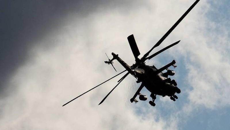 Trực thăng Nga hạ cánh khẩn cấp xuống Syria
