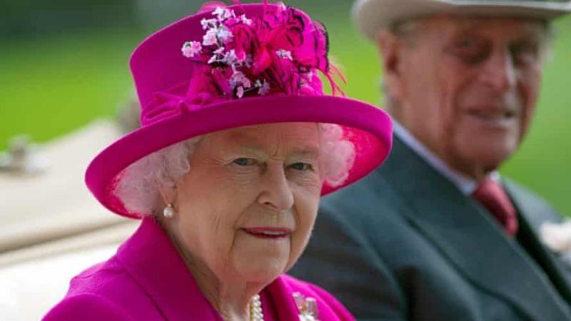"""Phá vỡ im lặng, Nữ hoàng Anh lên tiếng về tuyên bố """"phân biệt chủng tộc"""" của Meghan"""