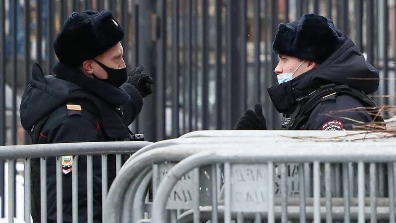 """Cảnh sát Nga bắt giữ 200 người, có nhiều thành viên """"tổ chức không mong muốn"""